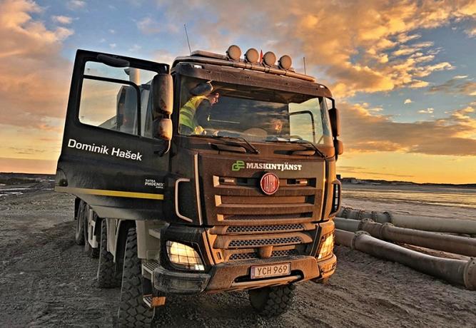 Tatrovky pomáhají při těžbě mědi ve Švédsku. Nesou při tom jména českých osobností