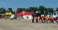Firmy CAT® a Tatra budou prezentovat své produkty v pískovně v Hrušovanech u Brna