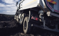 Činnost ve společnosti TATRA TRUCKS a.s. ukončili Radek Strouhal a Kateřina Nogolová